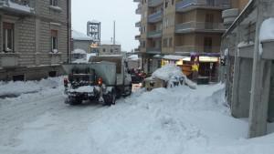 Raccolta rifiuti tra via Conte Rosso e via Principe di Piemonte a Campobasso domenica 8 gennaio 2017