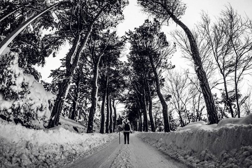 Photo of 'Lost in the Snow': la dama bianca in Molise. Il nuovo video di Sara Mignogna