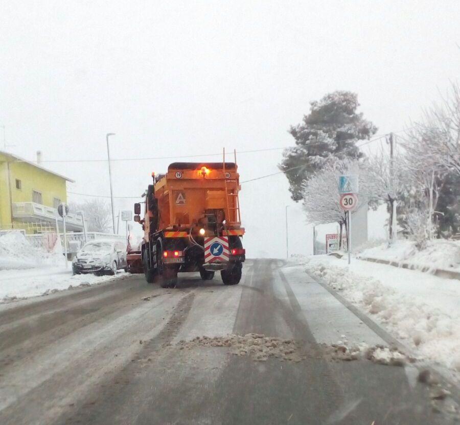 I primi mezzi pronti sulla neve a Campobasso