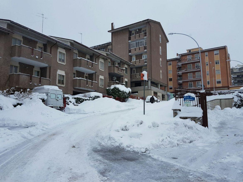 Neve a campobasso dopo la pulizia delle strade notturna - Pulizia casa dopo lavori ...