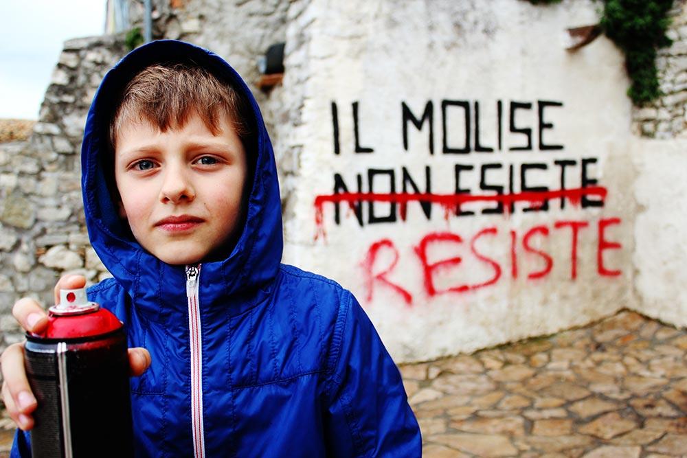 """Photo of Civitacampomarano resiste / Una frana mette a rischio il paese: """"C'è forte preoccupazione"""""""