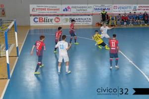 Un'azione di Chaminade Campobasso - Futsal Capurso (Foto Civico 32)