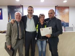 Il governatore Frattura e il consigliere regionale Ciocca con Del Gesso e una volontaria