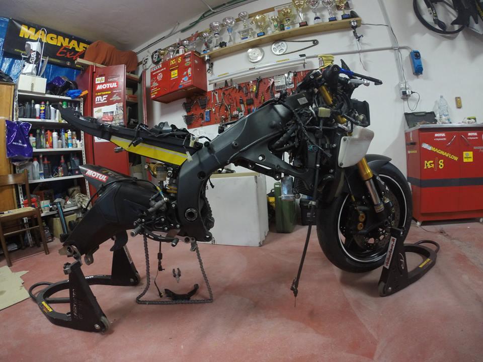 In gara la Yamaha R6
