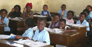 mozambico studenti scuola