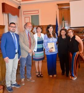 I giornalisti Formato e Abbazia con Valente, gli assessori Rubino e de Capoa, lo storico Valente e D'Addario