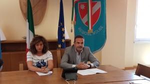 Il governatore Paolo di Laura Frattura e la dirigente regionale Lolita Gallo