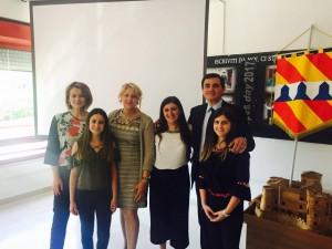 patriciello e studenti giordano