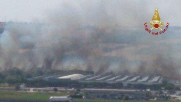 Photo of Grave incendio a Termoli/ Evacuata la Fiat, chiusa la Statale 87 e la A14. Bloccata  la tratta ferroviaria