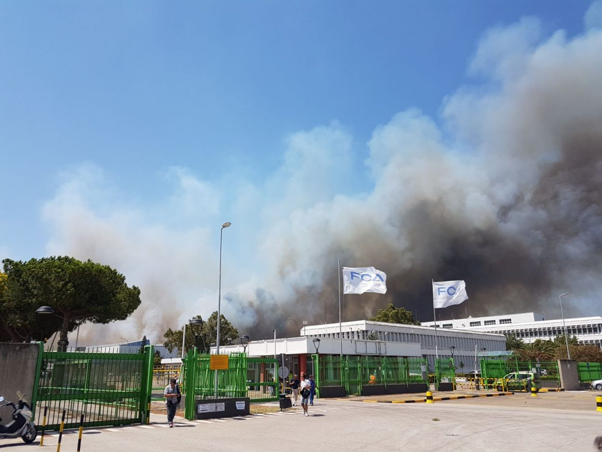 Photo of Incendio di Termoli/ Ecco i video che documentano la situazione