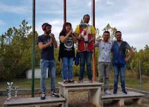 Il vincitore del 7° trofeo 'Domenico Mitro' con la famiglia Mitro