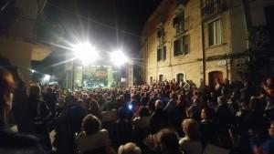Il numeroso pubblico di San Giovanni in Galdo per Tony Esposito
