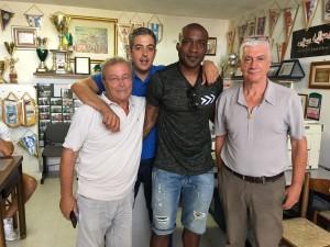 Daniel Ola con il presidente Colaizzo e i due vice Paolantonio e De Vita