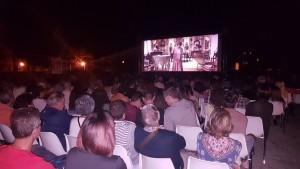 Cinquecento spettatori per la prima serata in Villa 'de Capoa'