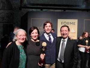 Famiglia Di Nucci con l'Oscar per la Stracciata