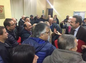 Il governatore Frattura con gli ex dipendenti della Gam