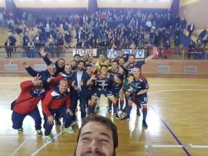 Il selfie di fine partita della Chaminade Campobasso con i propri tifosi
