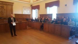 Il sindaco Battista con alcuni assessori e consiglieri di maggioranza
