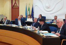 Photo of Unilever sposta la produzione, maggioranza in frantumi: Micone e Di Lucente si scagliano contro Mazzuto