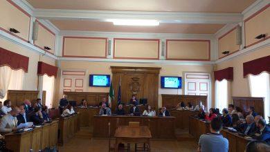 Photo of Il Consiglio comunale di Campobasso conferisce la cittadinanza onoraria alla Segre e a Terracina. A Giovanni Tucci e Michele Montagano la cittadinanza benemerita