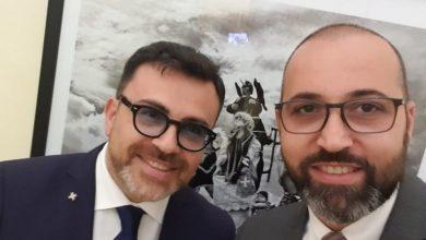 """Photo of Azzeramento dei vertici della Sea, Colagiovanni ed Esposito attaccano Gravina: """"Parla il politichese, in aula rispondeva di portare la questione in Commissione, mentre faceva pubblicare l'avviso"""""""