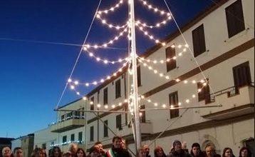 Photo of A Petrella Tifernina l'avvio degli eventi natalizi con l'accensione dell'Albero di Natale