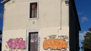 Photo of Nuovo atto vandalico a San Giovannello. Imbrattata la Chiesa che sovrasta la collina