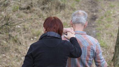 Photo of Psicologia Live / Demenza e caregiver: il peso della cura