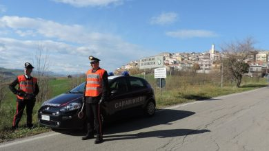 Photo of Montenero di Bisaccia, paga con banconote false: giovane del posto denunciato