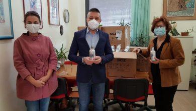 Photo of Borracce ecologiche in alluminio distribuite ai bambini: il Lions Club Termoli Host ne dona 360 agli studenti dell'Istituto Oddo Bernacchia